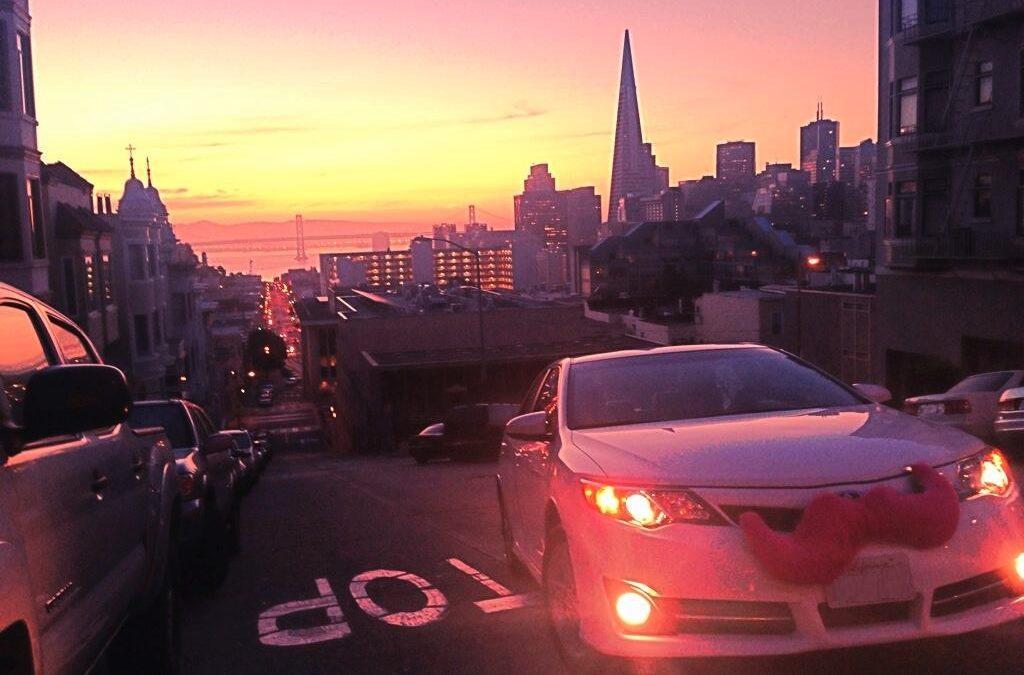 Si quiero conducir Uber o Lyft, qué me conviene más: ¿comprar, rentar o un lease?